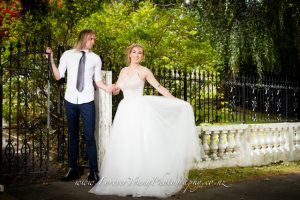 wedding couple in Cashmere
