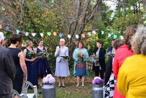 2 brides get married