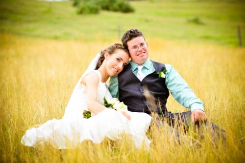 wedding photo in grass